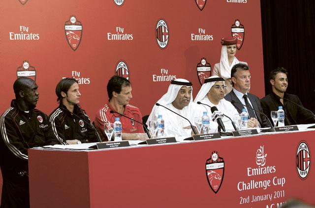 Cannavaro adds to Ronaldinho gossip