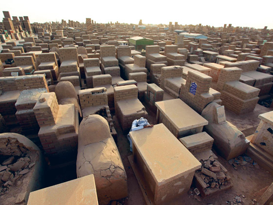 wadi-us-salaam-iraq-the-largest-cemetery-in-the-world