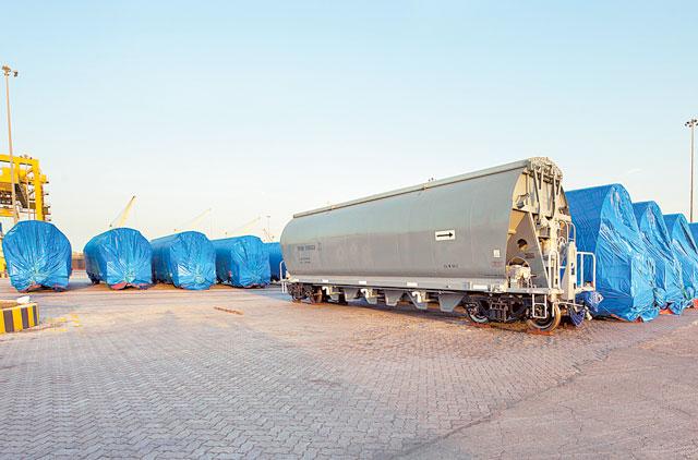 Etihad Rail's first shipment of wagons arrive at Mina Zayed