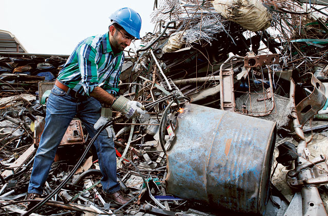 The man turning scrap into gold | Environment – Gulf News