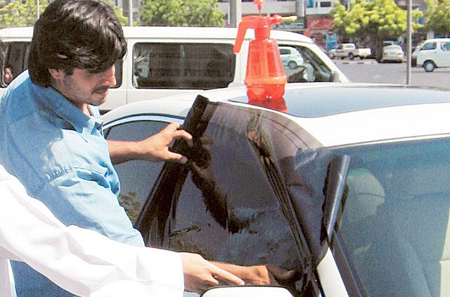 car window tinting dubai law