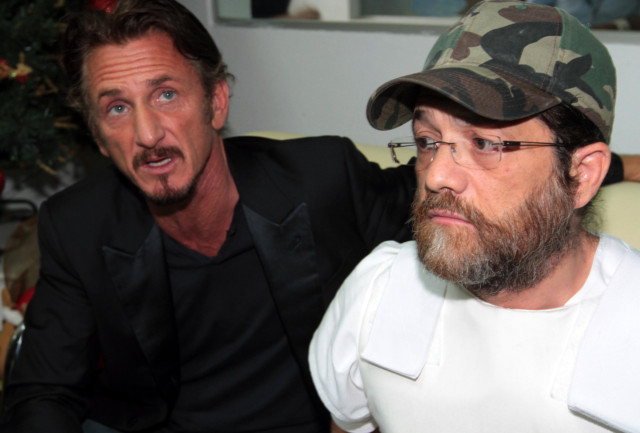 Sean Penn with US businessman wanted in Bolivia