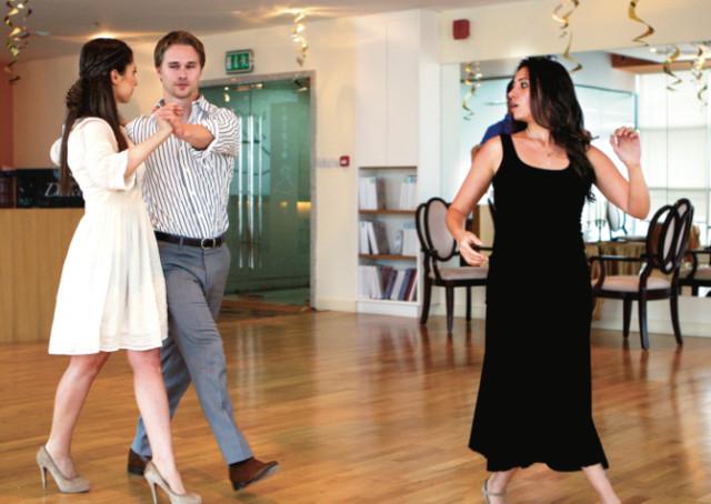 515b1bb25 Best foot forward: Perfect your wedding dance