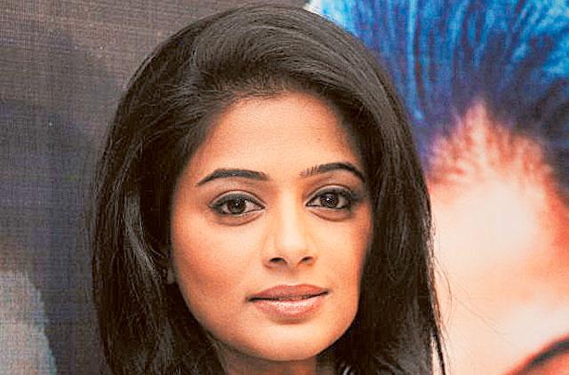 'The Family Man' actress Priyamani subjected to body shaming, trolled over 'dark skin'