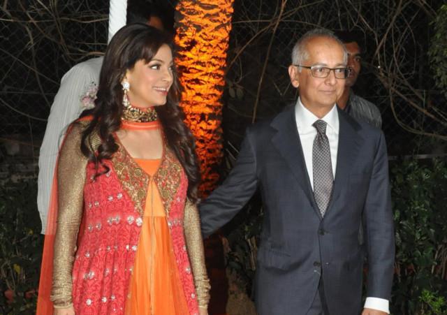 Juhi Chawla's husband robbed | Bollywood – Gulf News