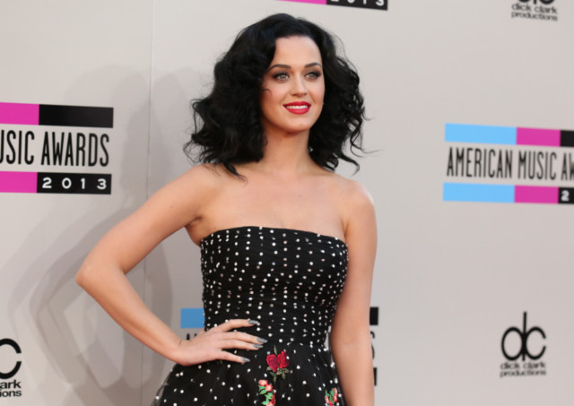 Katy Perry, spider-dog top popular online videos | Hollywood