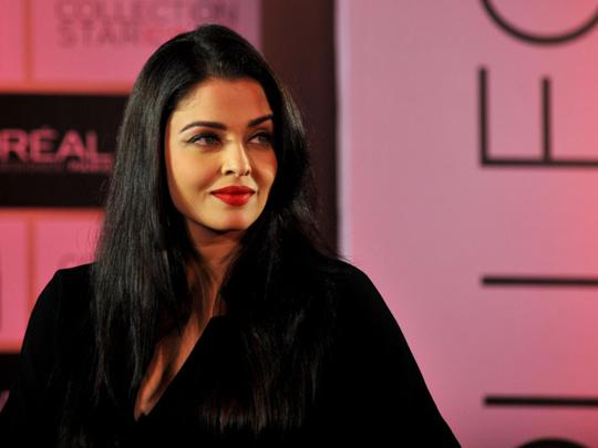 Aishwarya Rai unveils new L'Oreal lipstick   Bollywood ...