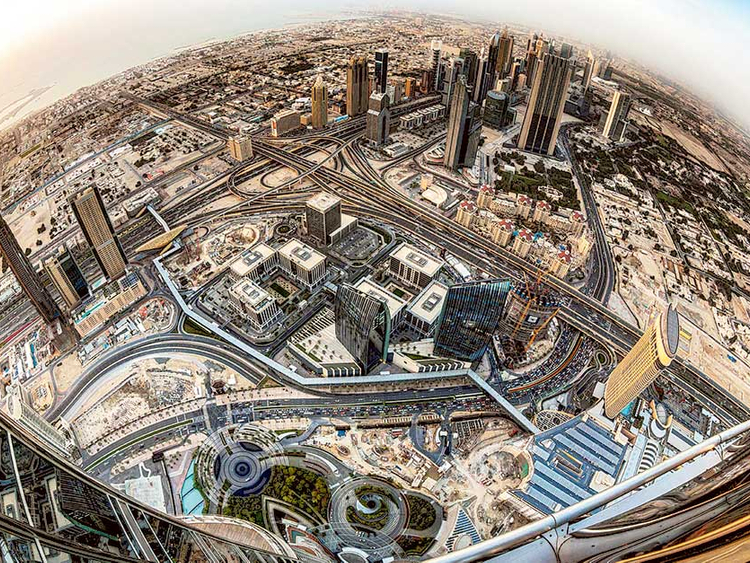 Dubai To Launch Smart App For 2 000 Government Services