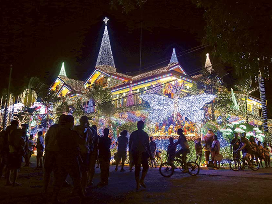 Filipino S Poor Childhood Inspires 500k Light Christmas Show Philippines Gulf News