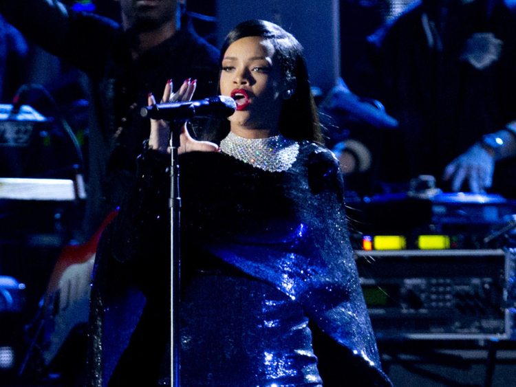Rihanna rocks DirecTV party on eve of Super Bowl | Hollywood