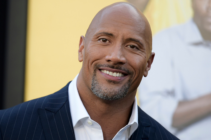 Hollywood: Dwayne Johnson tears down gate with bare hands