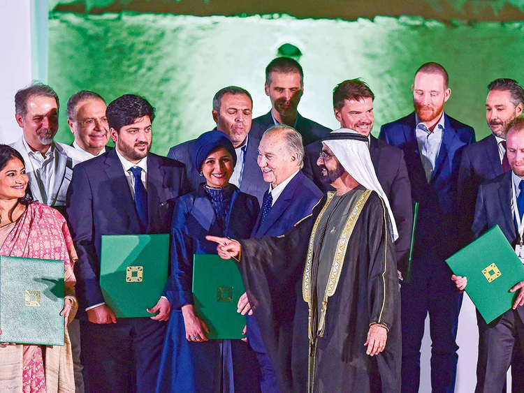 Mohammad presents Aga Khan Awards in Al Ain