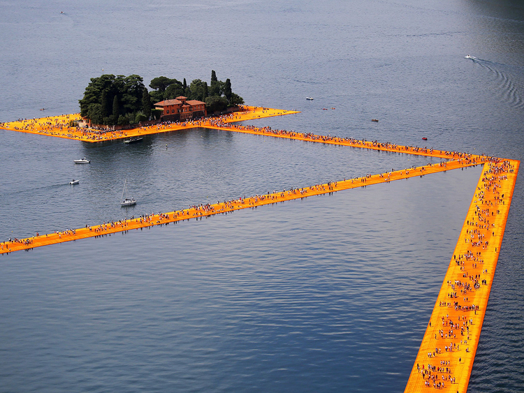 Famed artist Christo invites public to walk on water