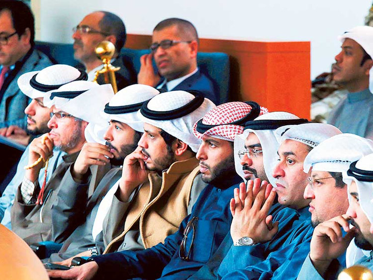 Deep rifts emerge in Kuwait over expatriates' status