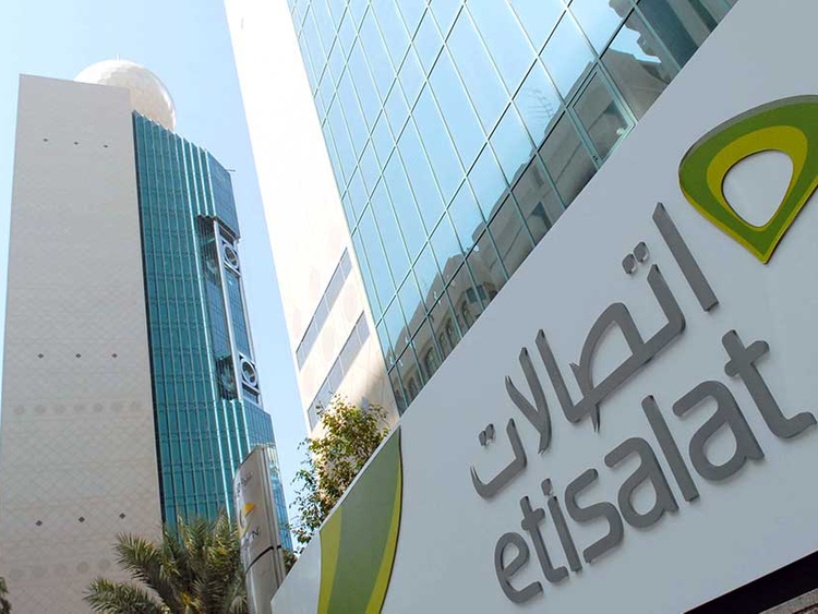 Etisalat to charge customers Dh25 as late-payment fee