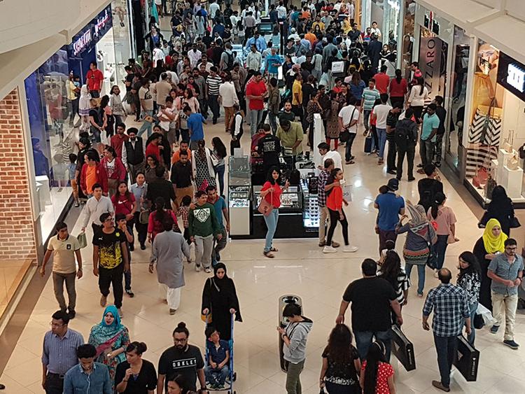 Dubai S Malls Extend Opening Hours For Ramadan