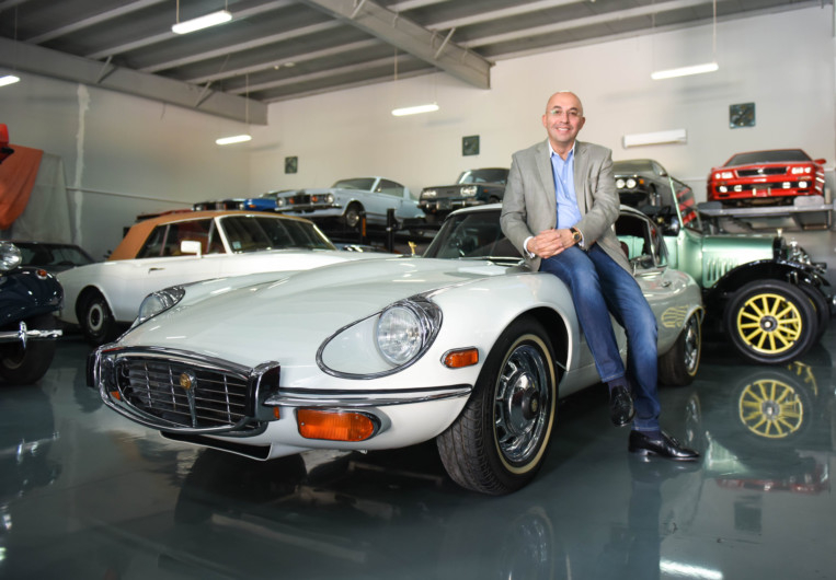 New Showroom In Dubai For Vintage Cars