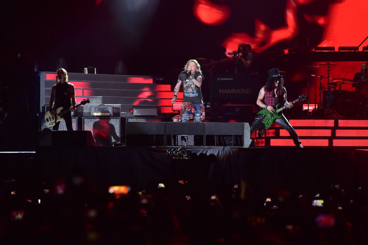 Review: Guns N' Roses play for 3 hours in Dubai | Music