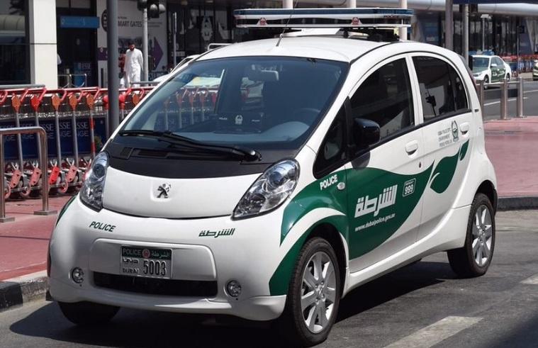 Electric Cars Join Dubai Police Fleet