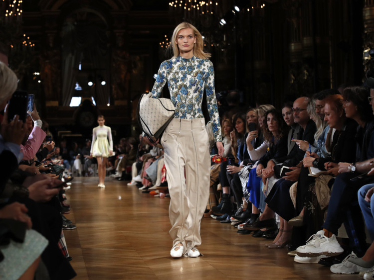 e0b766cf502 Paris Fashion Week: Stella McCartney embraces roots, advises activists