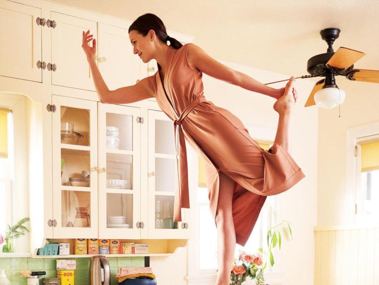Former Hollywood star Adriene Mishler turns guru of online yoga