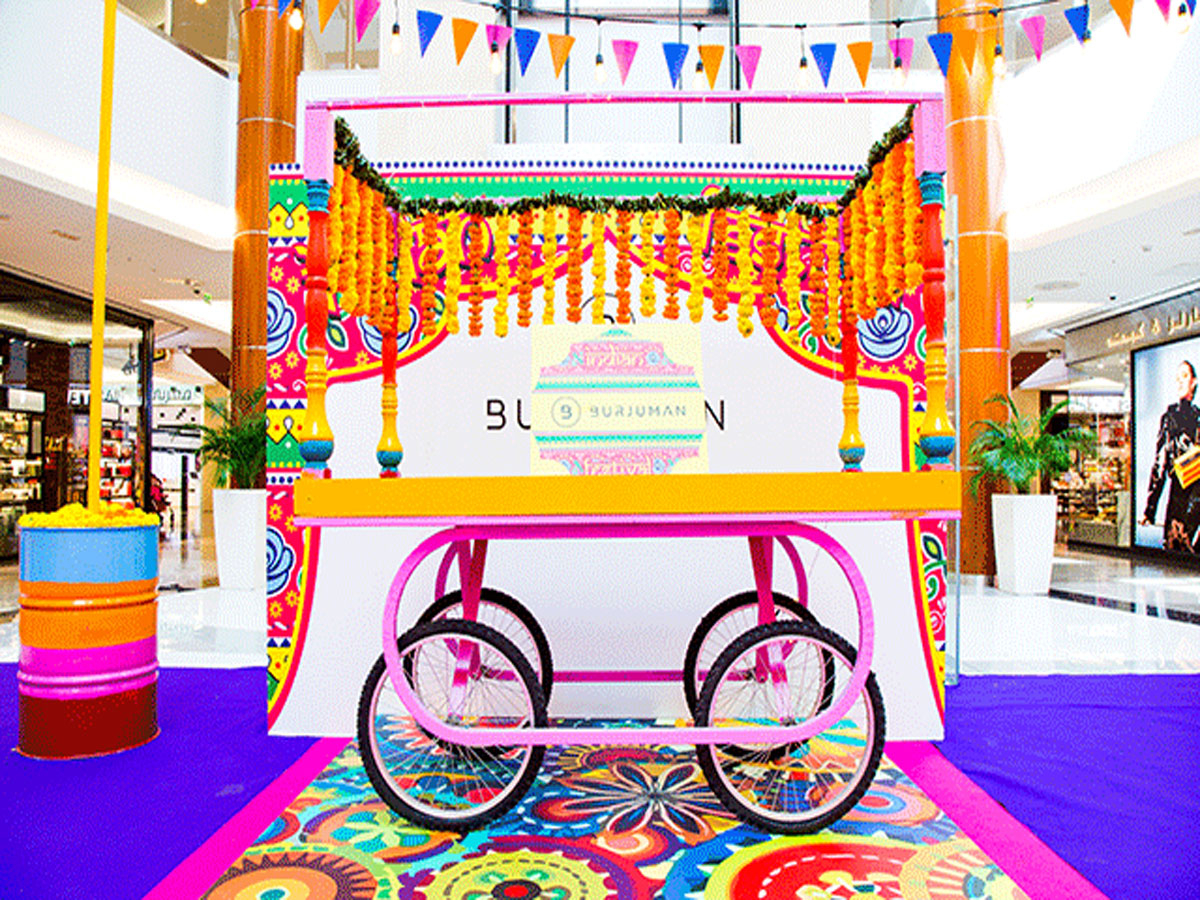 A beautiful Indian cart decorated with flowers