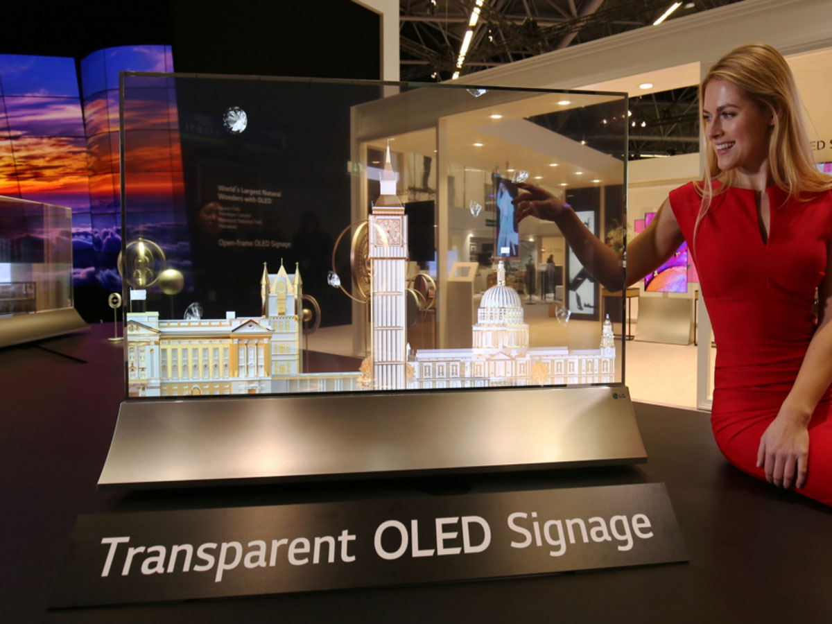 1-LG-REVEALS-SIGNS-OF-THE-DIGITAL-FUTURE-AT-GITEX-2018