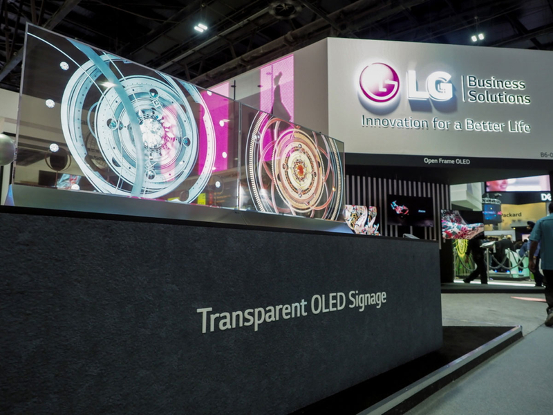 2-LG-REVEALS-SIGNS-OF-THE-DIGITAL-FUTURE-AT-GITEX-2018
