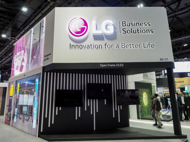 7-LG-REVEALS-SIGNS-OF-THE-DIGITAL-FUTURE-AT-GITEX-2018