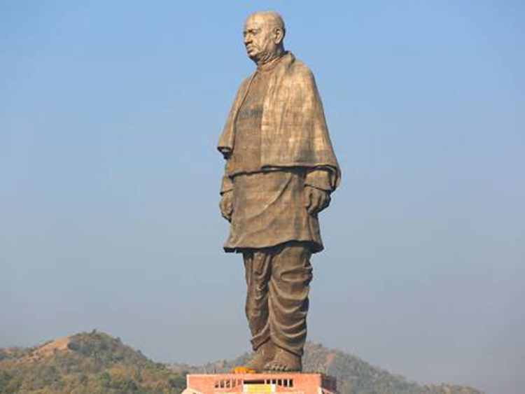 3194428079_Statue of Unity India By AP New