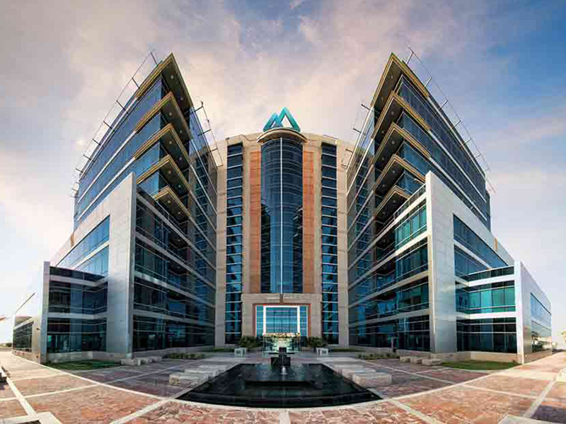 A-Thriving-hub-for-SMEs-in-the-UAE-1