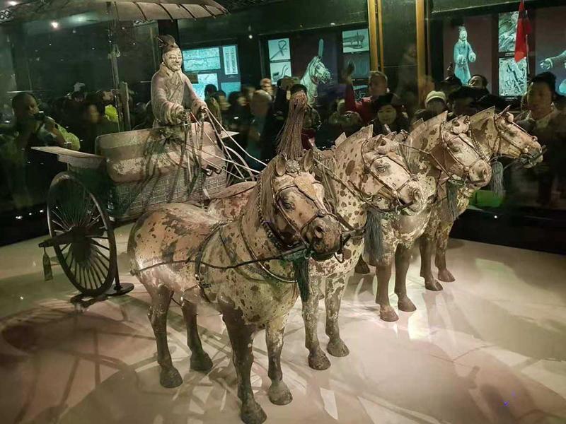 181112 bronze chariots10