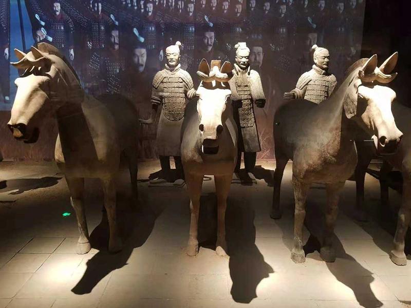 181112 bronze chariots 11