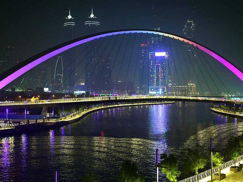 181114 Dubai canal