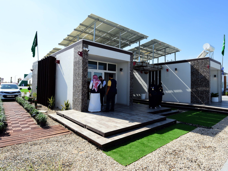 NAT 181114 Solar Decathlon50