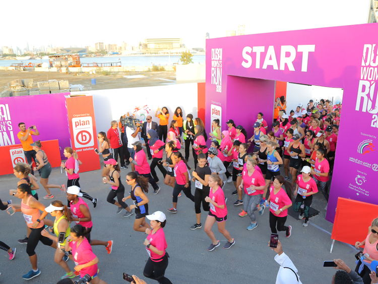 Dubai Women's Run start line