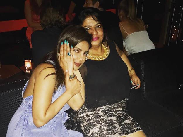 tab Priyanka with her mother Madhu