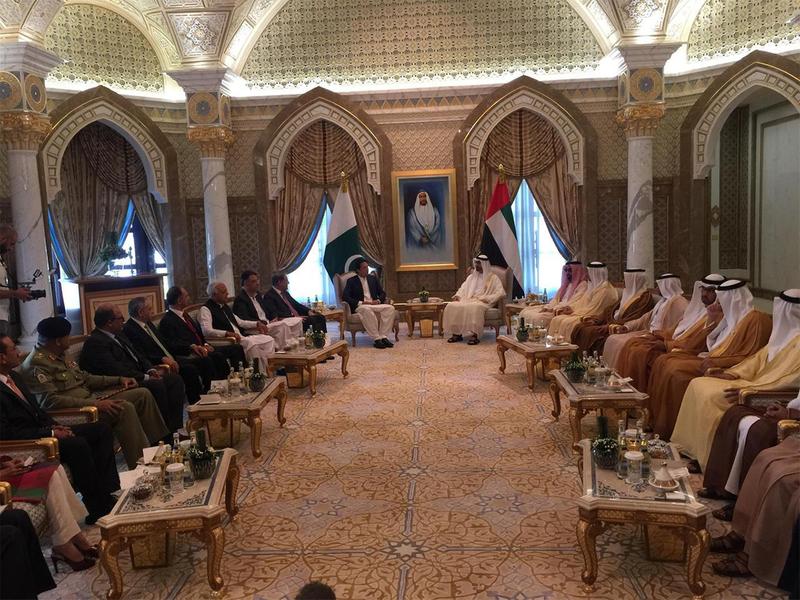 Mohammad Bin Zayed, Mohammad Bin Rashid welcome Imran Khan