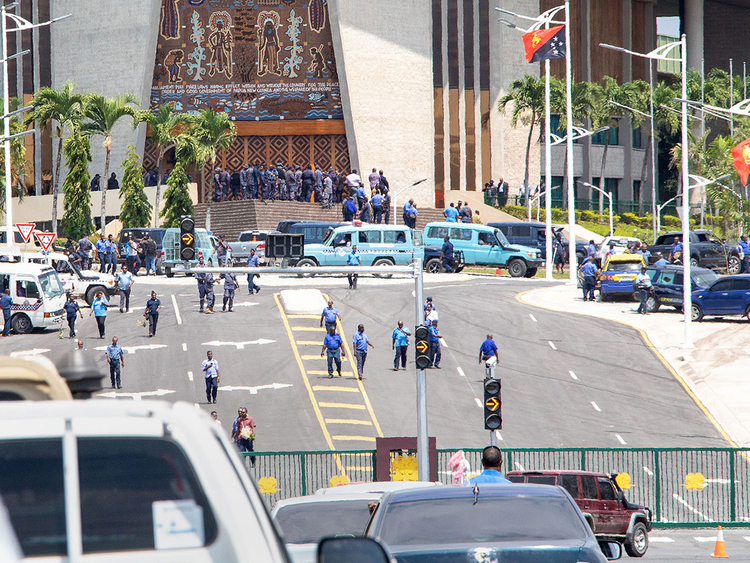 181121 Papua New Guinea police
