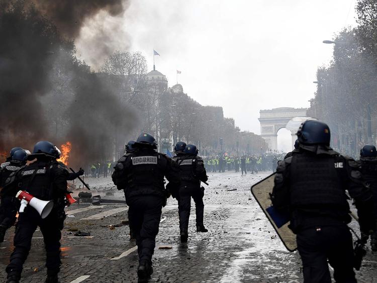 Riot police France