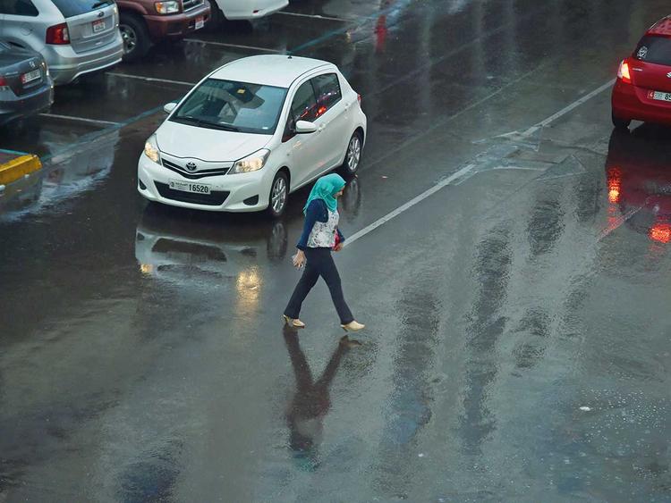 181125 rain abu dhabi