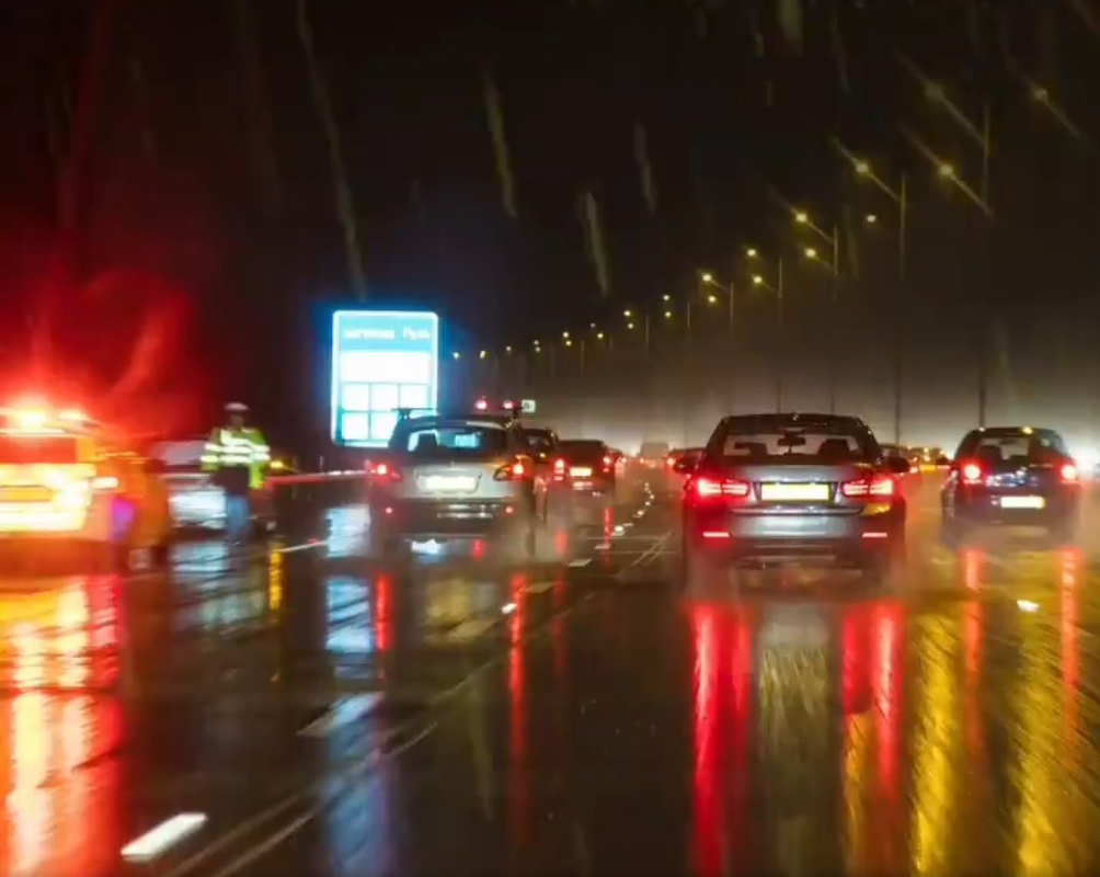 driving in the rain 01