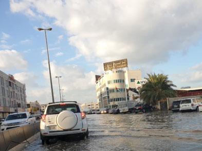 181127 Sharjah rain aftermath