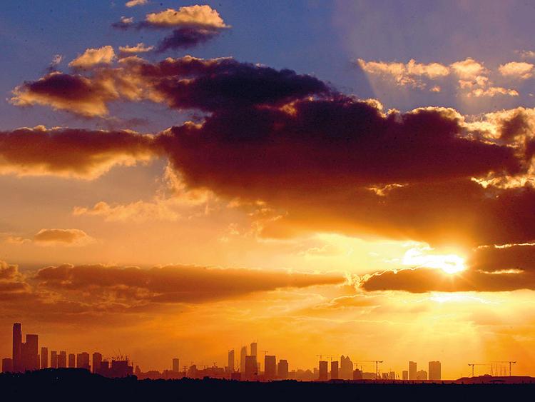 PW_181121_ABUDHABI_Abu-Dhabi-skyline_archives-(Read-Only)