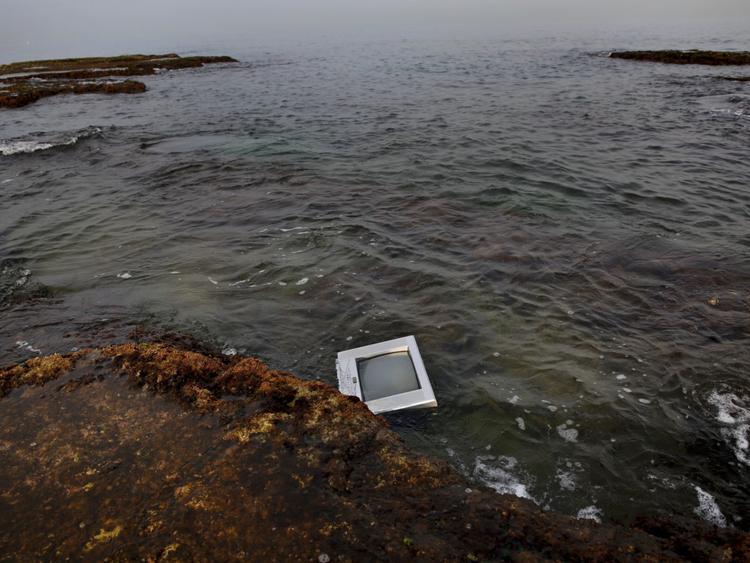 Copy of Lebanon_Trash_in_Sea_Photo_Essay_21516.jpg-a5c29