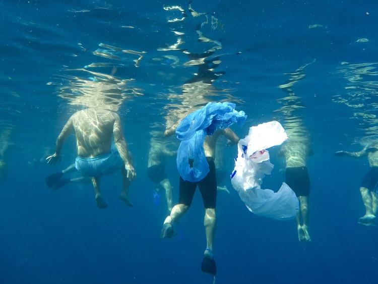 Copy of Lebanon_Trash_in_Sea_Photo_Essay_83883.jpg-c1392