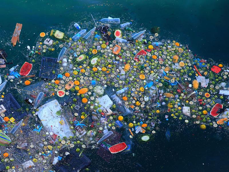 Lebanon_Trash_in_Sea_Photo_Essay_13215
