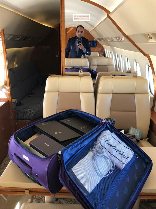 RDS_181129 George Bush tailor 2