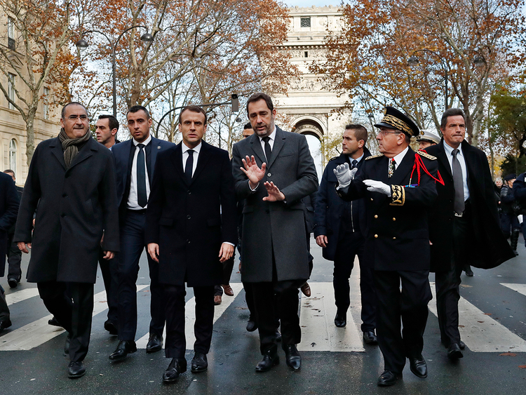 181203 Macron