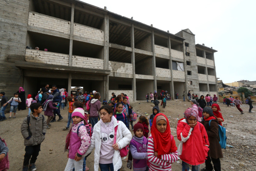 Copy of 2018-11-26T122233Z_753403443_RC1B08B2FFA0_RTRMADP_3_MIDEAST-CRISIS-SYRIA-RAQQA-EDUCATION